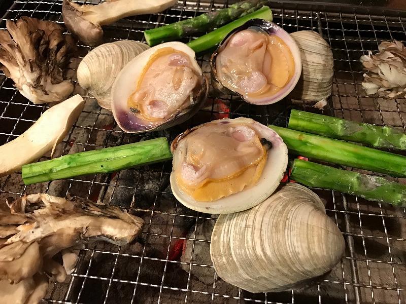 仙川で牡蠣や貝を食べるなら文句なしの【牡蠣小屋浜焼番兵】