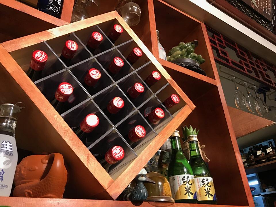 紹興酒の棚